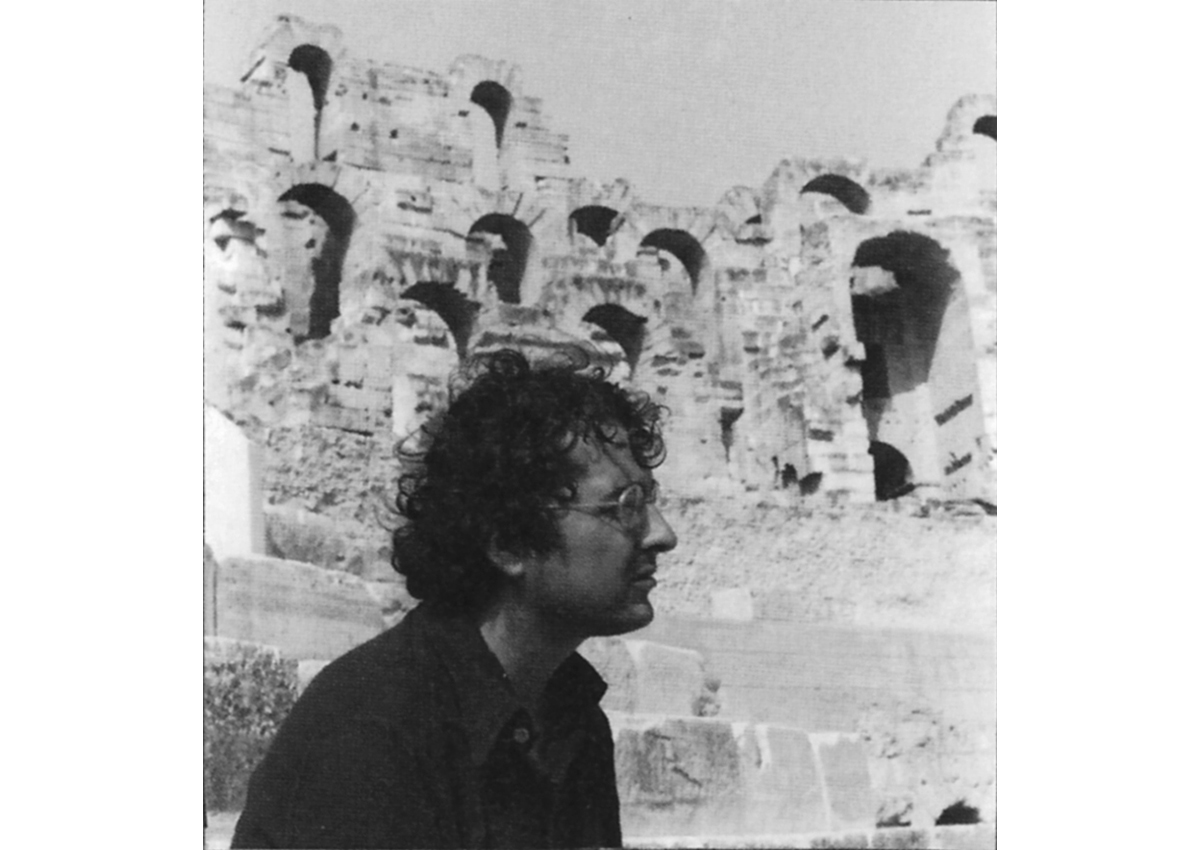 Jean-Claude Golvin in the amphitheater of El-Jem in 1977.