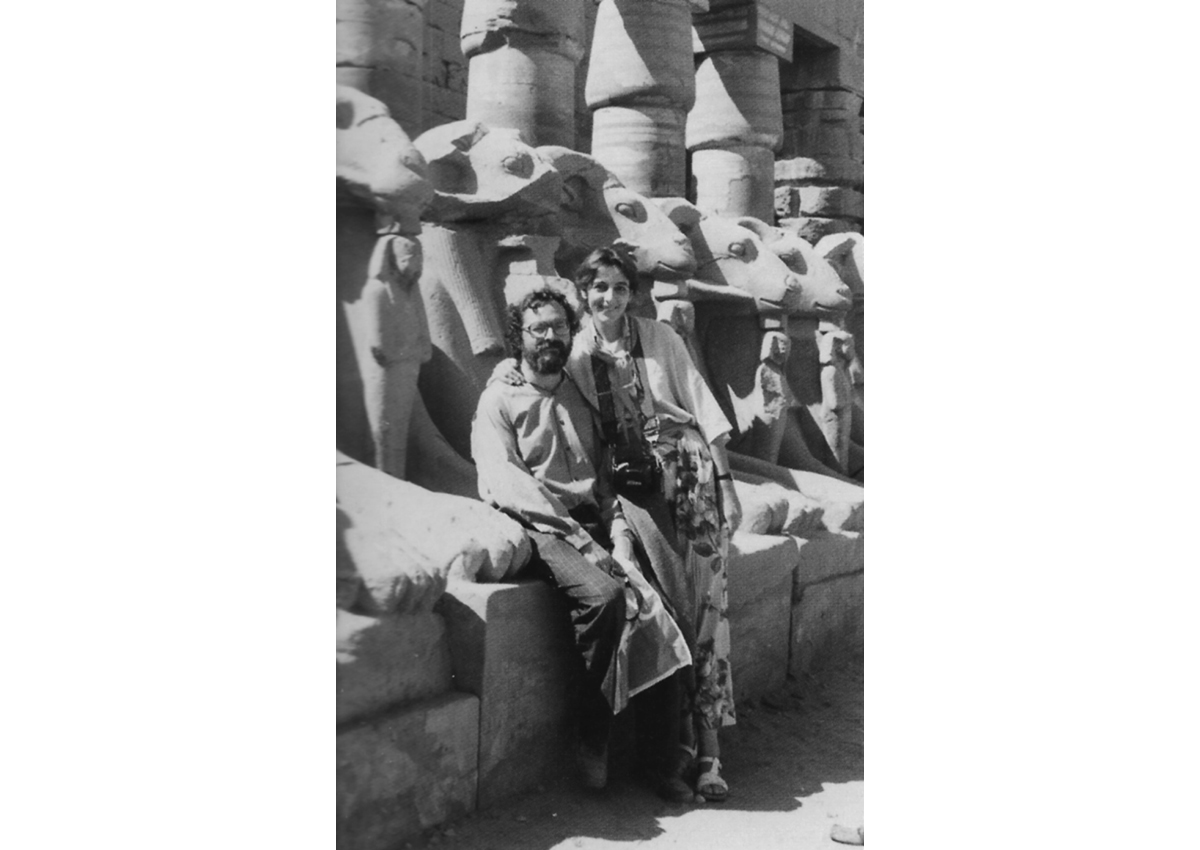 Jean-Claude Golvin and his wife Sophie Revault in the first temple court of Karnak in 1982.